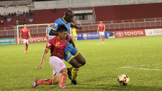 Đình Trọng (21) đang là gương mặt được nhiều kỳ vọng ở hàng hậu vệ đội tuyển U21 Việt Nam (ảnh: Trọng Vũ)