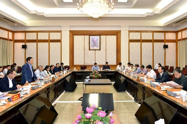 Đoàn khảo sát của Ban chỉ đạo Trung ương về cải cải cách chính sách tiền lương làm việc với Văn phòng Trung ương Đảng về nội dung này.