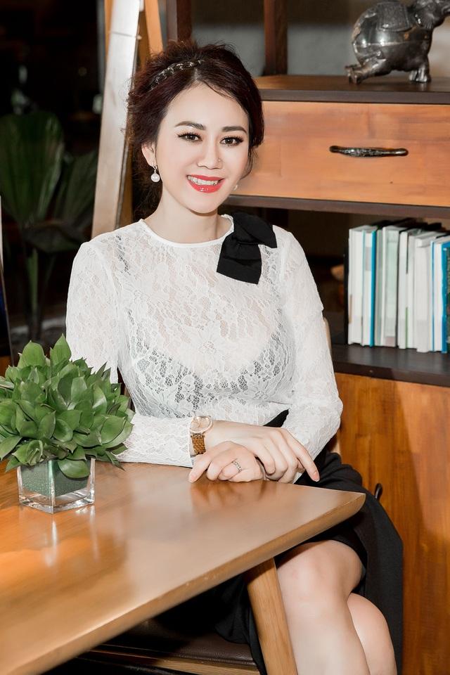 Hoa hậu Mỹ Vân về nước mời Mr Đàm ngồi 'ghế nóng' Ms VietNam New World 2017 - 5