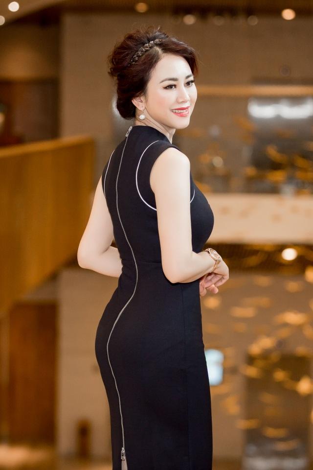 Hoa hậu Mỹ Vân về nước mời Mr Đàm ngồi 'ghế nóng' Ms VietNam New World 2017 - 4