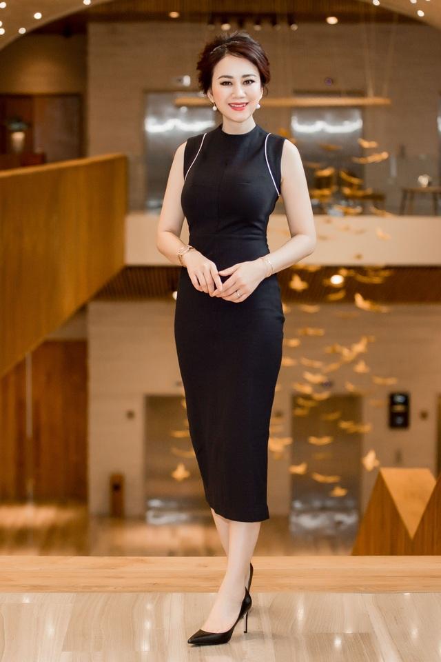 Hoa hậu Mỹ Vân về nước mời Mr Đàm ngồi 'ghế nóng' Ms VietNam New World 2017 - 3