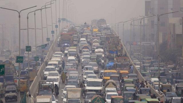 Không khí ngoài trời ô nhiễm làm giảm hiệu quả công việc của nhân viên văn phòng? - 1