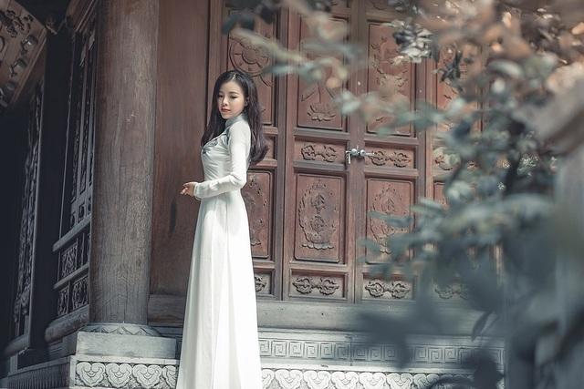 Sinh năm 1994, Kiều Lâm hiện đang học thạc sĩ tại thành phố New York, Mỹ.