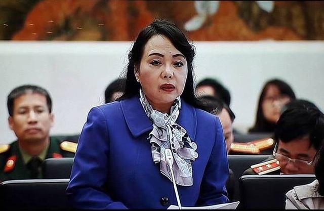 Bộ trưởng Y tế Nguyễn Thị Kim Tiến giải trình trước UB Các vấn đề xã hội của Quốc hội.