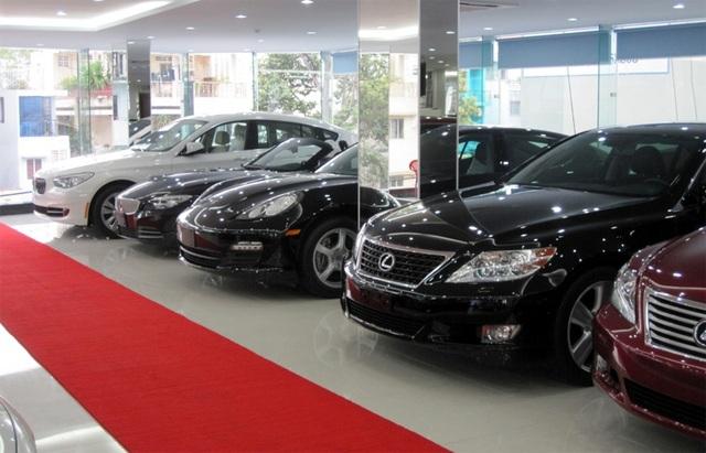 Nhiều DN kinh doanh ô tô lo bị truy thu thuế tới hàng trăm tỷ đồng (ảnh minh họa)