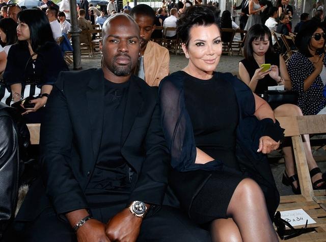 Bà Kris Jenner, 61 tuổi và Corey Gamble, 36 tuổi đã có khoảng thời gian hạnh phúc bên nhau nhưng giờ đây mẹ cô Kim quyết đặt gia đình lên ưu tiên hàng đầu