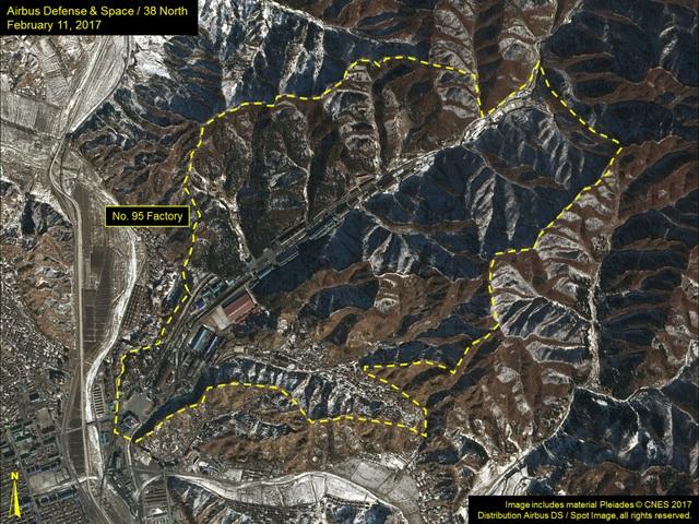 Khu vực Nhà máy No 95 (Nhà máy xe tăng Kusong) trong ảnh vệ tinh do 38 North công bố (Ảnh: 38 North)