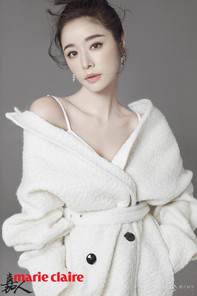 Lâm Tâm Như đã 41 tuổi nhưng vẫn trẻ trung không có đối thủ. Cô gia nhập làng giải trí cách đây 20 năm và giờ vẫn duy trì phong độ của một ngôi sao hạng A trong làng giải trí Hoa ngữ.
