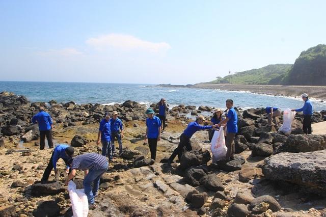 Vệ sinh làm sạch môi trường biển
