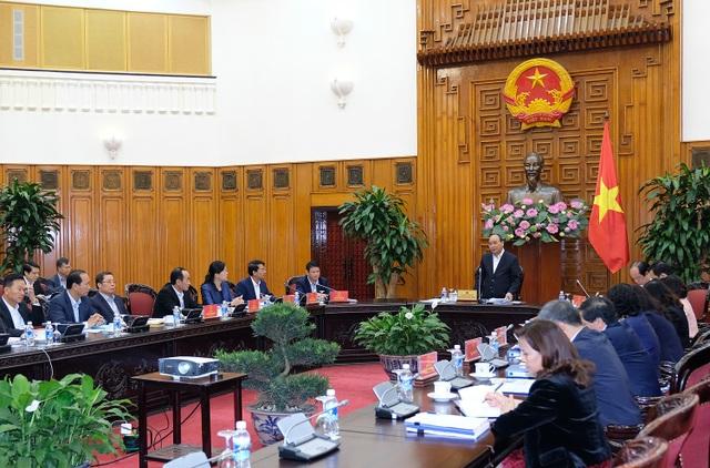 Thủ tướng Nguyễn Xuân Phúc chủ trì cuộc làm việc với lãnh đạo chủ chốt tỉnh Lào Cai