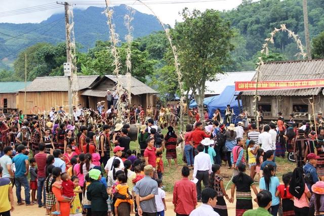 Đồng bào Pa Kô ở miền Tây Quảng Trị nô nức tham gia lễ hội Ariêu Ping - 1