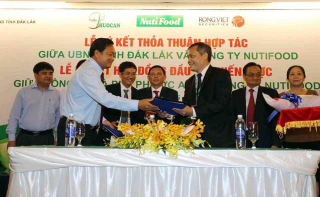 Lễ ký kết đầu tư giữa tỉnh Đắk Lắk và công ty NutiFood