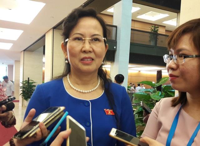 Phó Chủ nhiệm UB Kiểm tra Trung ương Lê Thị Thủy khẳng định, không có vùng cấm khi thực hiện quy định mới của Bộ Chính trị về việc kiểm tra, giám sát kê khai tài sản của cán bộ cấp cao.