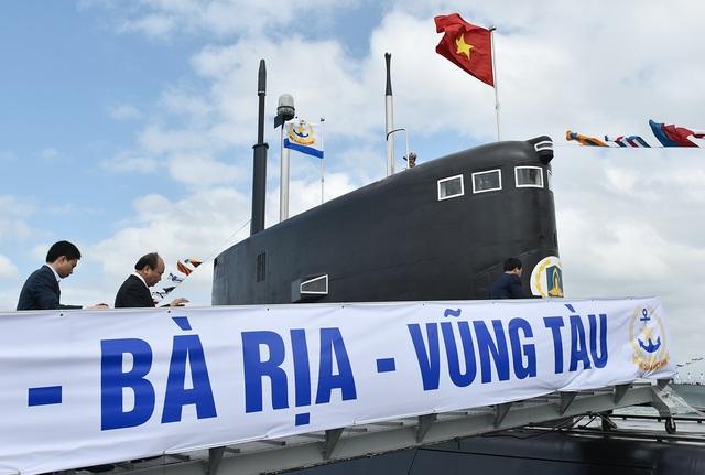 Thủ tướng: Mua tàu ngầm hiện đại để bảo vệ vững chắc chủ quyền biển, đảo - 2