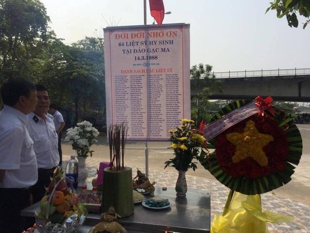 Lễ tưởng niệm 64 chiến sĩ đã hy sinh tại Gạc Ma