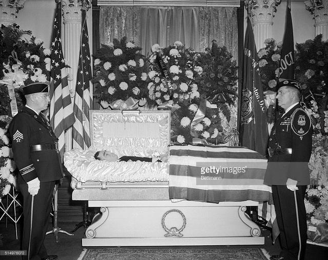 Tang lễ của Leslie Coffelt, người hùng đã cứu mạng tổng thống Harry S. Truman (Ảnh: Getty)