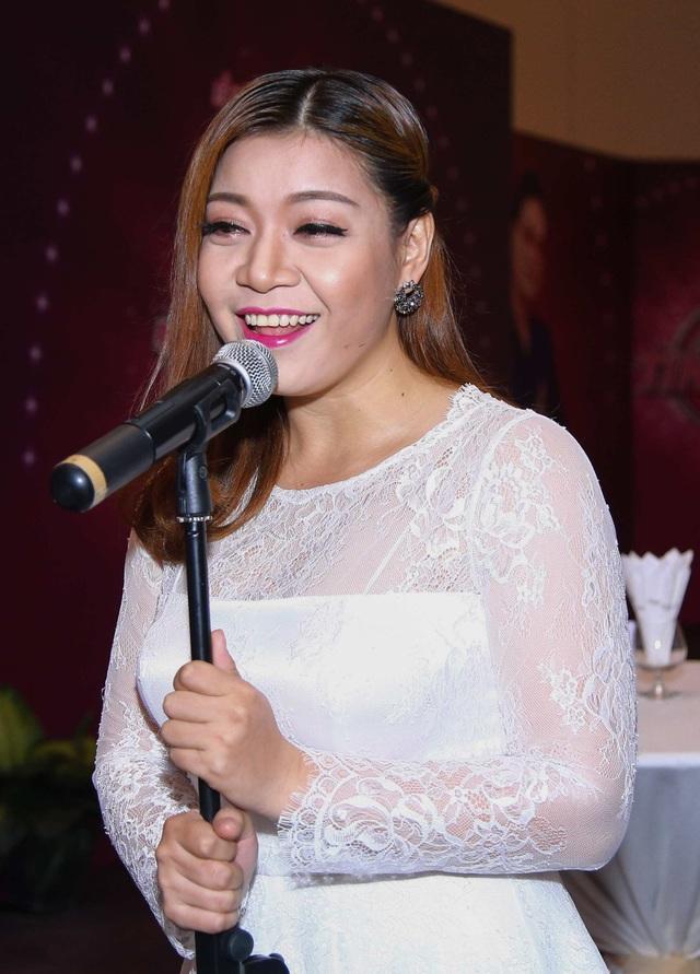 Xuân Nghi - Á quân The Voice 2012 tiếp tục thử sức mình ở game show ca hát với thể loại trữ tình