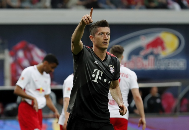 Lewandowski đang cảm thấy cô đơn ở Bayern Munich