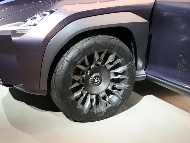 Lexus xác nhận sẽ sản xuất mẫu UX Concept - 3