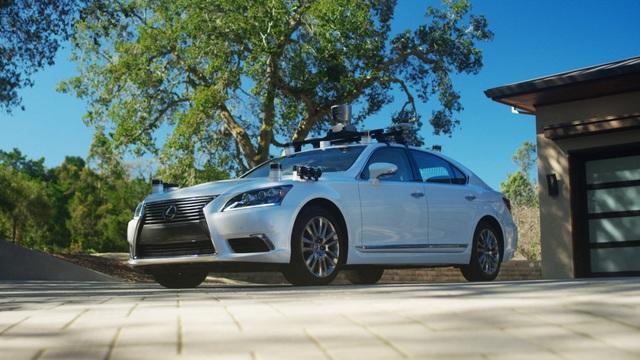 Toyota thử nghiệm công nghệ tự lái trên xe Lexus LS600hL - 1