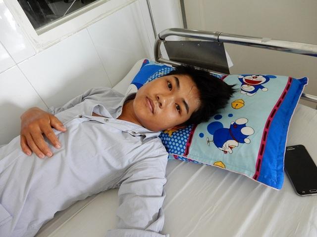 Linh bị bệnh viêm màng não mũ đang điều trị tại Bệnh viện Đà Nẵng