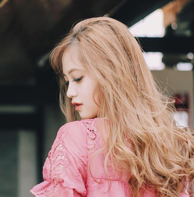 Nữ sinh Hàng không xinh xắn đến từ Lào Cai - 4