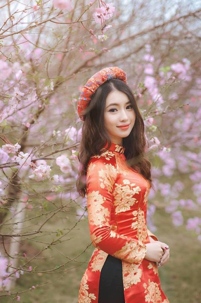 Vẻ đẹp của Ngô Khánh Linh