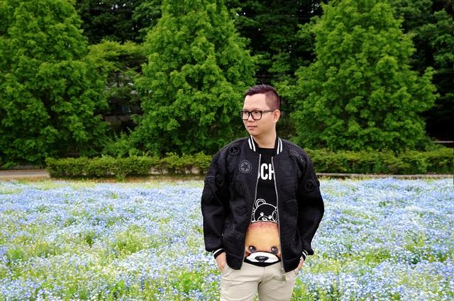 Là người thích đi du lịch, Long Kan biến những trải nghiệm trong những chuyến đi trở thành chất liệu cho sáng tạo nghệ thuật.