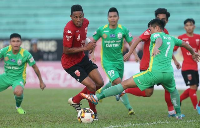 Long An không thể vượt qua Cần Thơ trong ngày cuối của V-League 2017 (ảnh: Anh Hải)