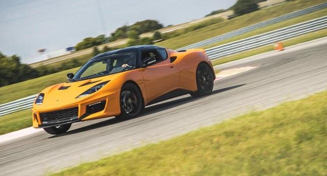 Volvo và Lotus có thể về chung một nhà - 1