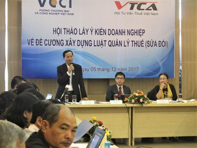 Hội thảo lấy ý kiến doanh nghiệp (DN) về đề cương xây dựng Luật Quản lý thuế (sửa đổi) được tổ chức sáng nay (5/12) tại Hà Nội. (Ảnh: Hồng Vân)