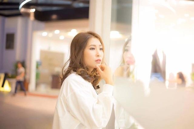 Người đẹp Lưu Thị Hòa có những chia sẻ giúp các cô gái tự tin hơn trong lần đầu ra mắt nhà người yêu dịp Tết.