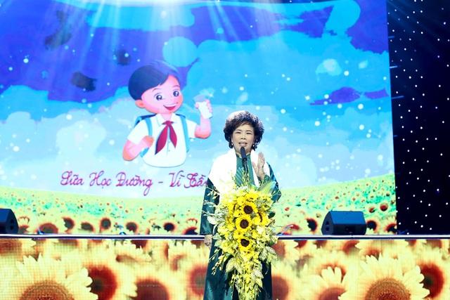 Bà Thái Hương, Chủ tịch Tập đoàn TH phát biểu tại chương trình Sữa học đường - Vì tầm vóc Việt