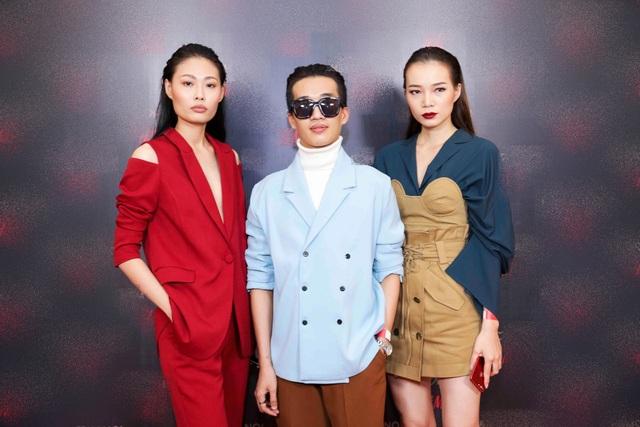 """Quán quân Next Top Mai Giang (ngoài cùng bên trái) thời gian gần đây có sự trở lại mạnh mẽ hơn trong các hoạt động của làng thời trang sau thời gian lấy chồng, lui về """"ở ẩn""""."""