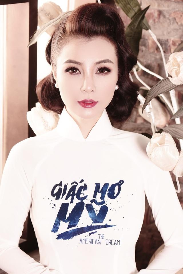 """Còn với """"Giấc mơ Mỹ"""" thì Mai Thu Trang không chỉ đảm nhiệm vai Khánh Ngọc mà còn giúp cho Mai Thu Huyền và đoàn phim trong quá trình sản xuất bộ phim này tại Mỹ bởi những trải nghiệm thực tế khi cô đang sinh sống tại đất nước này."""