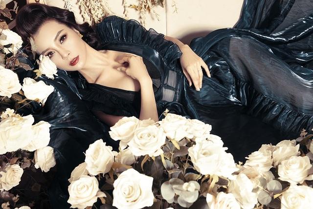 Vẻ đẹp quyến rũ, gợi cảm của cựu người mẫu Mai Thu Trang.