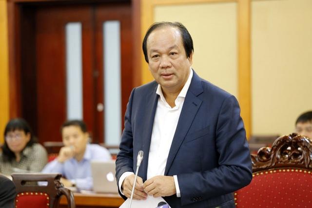 Bộ trưởng - Chủ nhiệm Văn phòng Chính phủ truyền đạt ý kiến chỉ đạo của Thủ tướng với Bộ trưởng KH-CN.