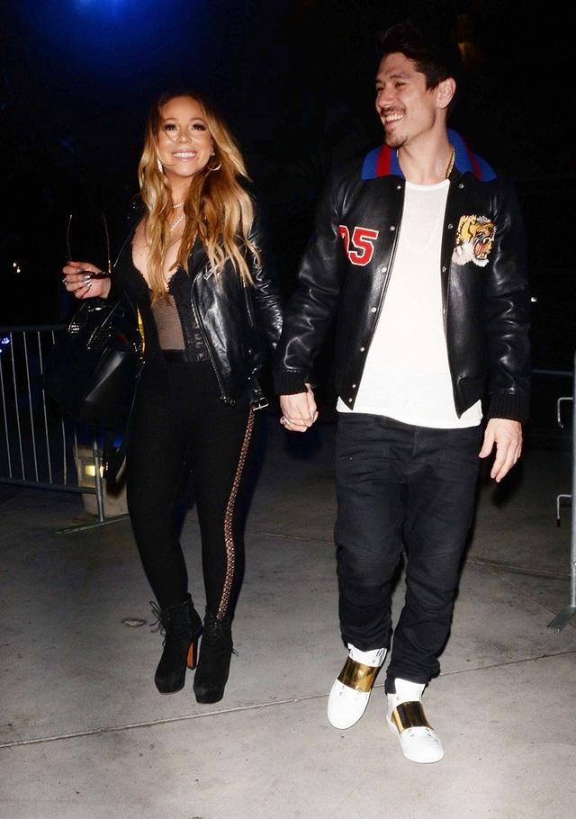 Mariah Carey rạng rỡ và tươi tắn hơn từ khi tái ngộ bồ trẻ Bryan Tanaka - 1 người hôm mộ cô đã hơn 10 năm nay.
