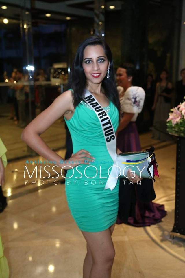 Lệ Hằng và các mỹ nhân khoe sắc trong tiệc tri ân Hoa hậu hoàn vũ 2015 - 64