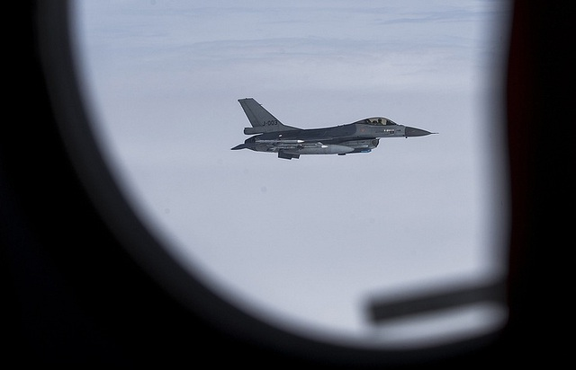 Máy bay F-16 của NATO. (Ảnh: TASS)