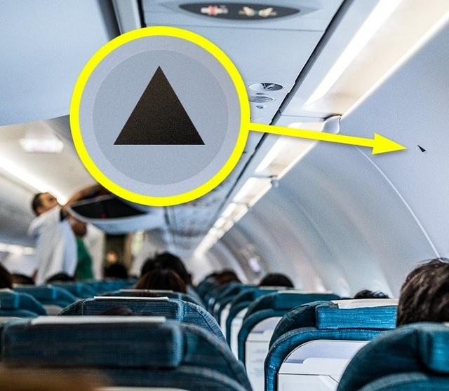 """Những thứ """"hay ho"""" trên máy bay ít hành khách ngờ tới - 6"""