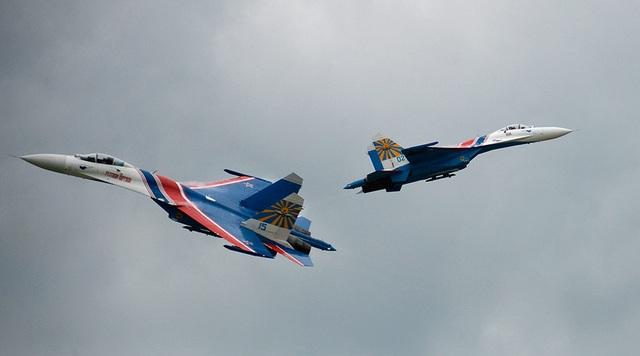 Các máy bay Nga tham gia trình diễn (Ảnh: Sputnik)