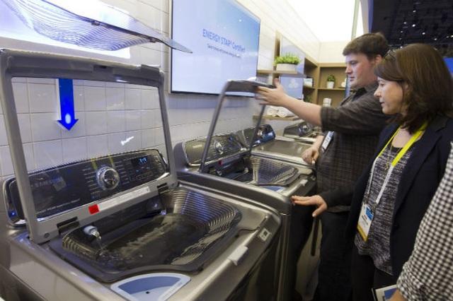 Máy giặt Samsung, LG được sản xuất tại Trung Quốc trước đó đã bị áp thuế chống bán phá giá khi nhập khẩu vào Mỹ.