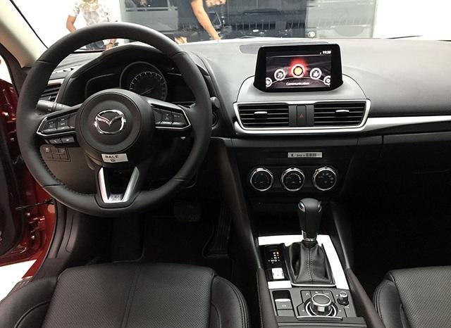 Mazda3 2017 có giá bán từ 690 triệu đồng - 2