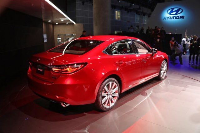Mazda6 phiên bản nâng cấp chính thức ra mắt - Động cơ mới - 6