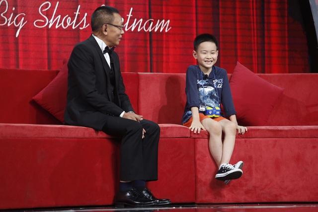 Đến từ Hà Nội, cậu bé 7 tuổi Minh Khang rất yêu thích và có một vốn kiến thức khổng lồ về loài khủng long. Ngay từ lúc 4 tuổi, cậu bé đã bắt đầu tìm hiểu về loài bò sát đã tuyệt chủng này vì muốn khám phá những điều kỳ bí.