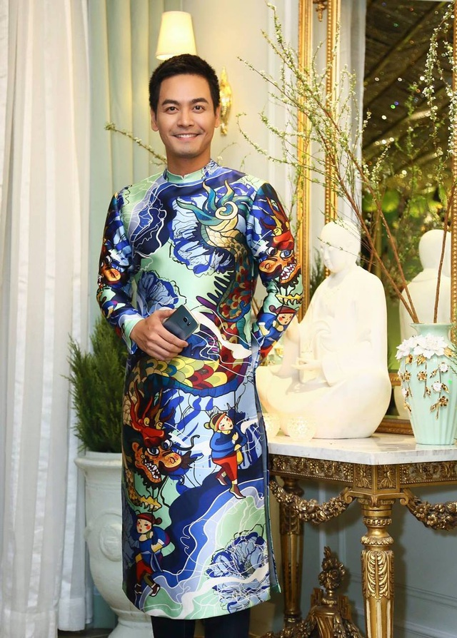MC Phan Anh cũng là người đã khởi xướng ý tưởng Tôi mặc áo dài mồng Một Tết vào Tết Đinh Dậu vừa qua.