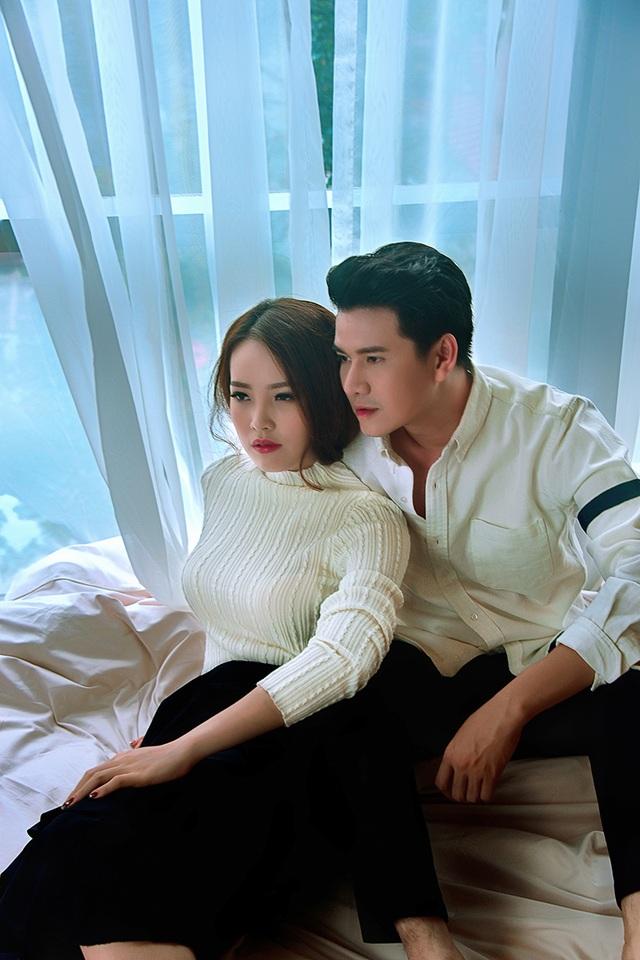 """Á hậu Thụy Vân và MC Vũ Mạnh Cường """"ngọt ngào"""" trong bộ ảnh """"tình nhân"""" - 6"""