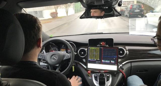 Mercedes được cấp phép thử nghiệm xe tự lái ở Đức - 1