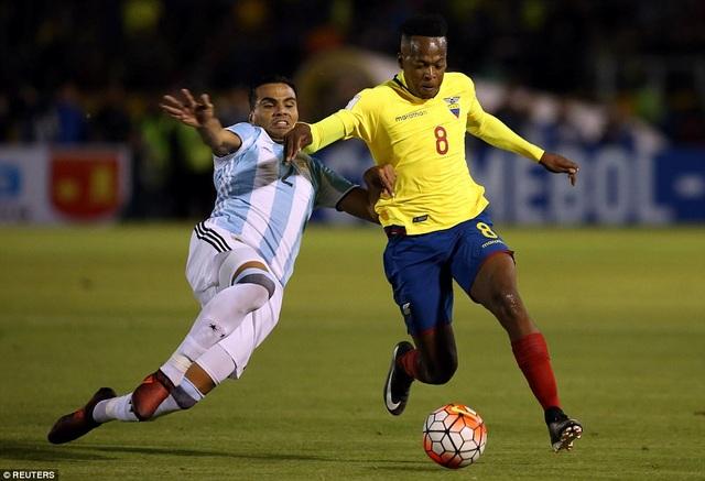Argentina đã có những sai lầm nhất định ở hàng thủ...